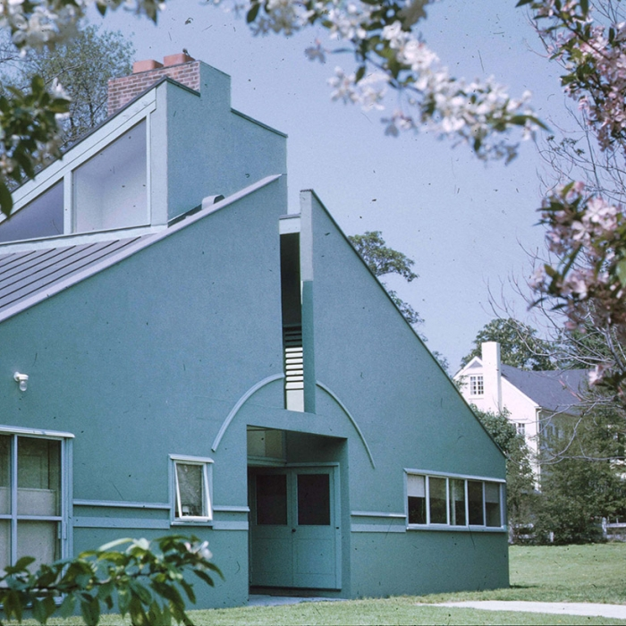 Photograph of a house designed by Venturi