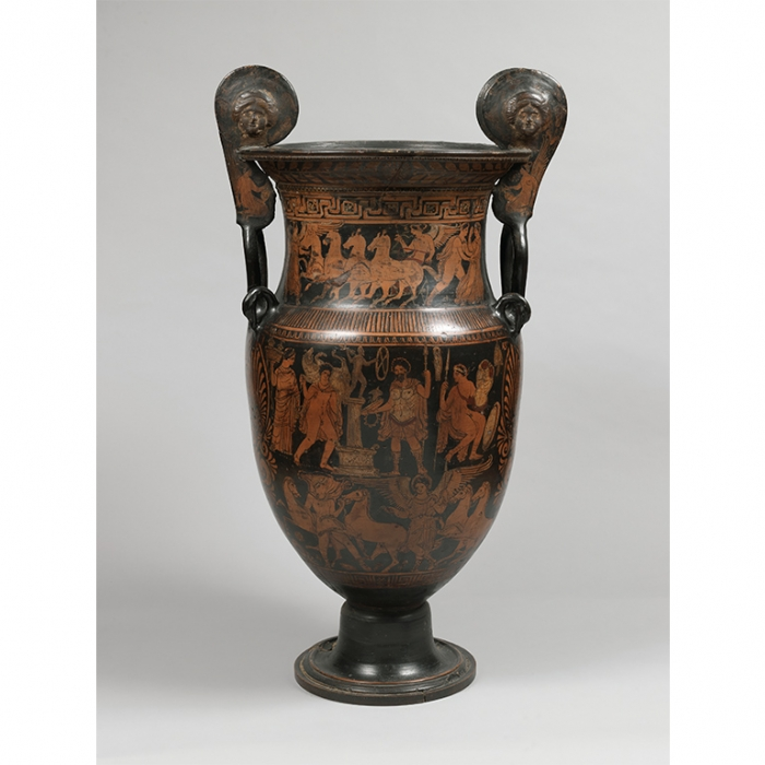 A vase decorated with orange figures upon a dark background, displaying images of chariot racers and a hero making a sacrifice